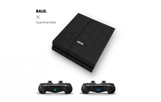 GADGET:COSTUMISED BALR. X PLAYSTATION
